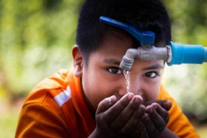can access to safe water diminish poverty